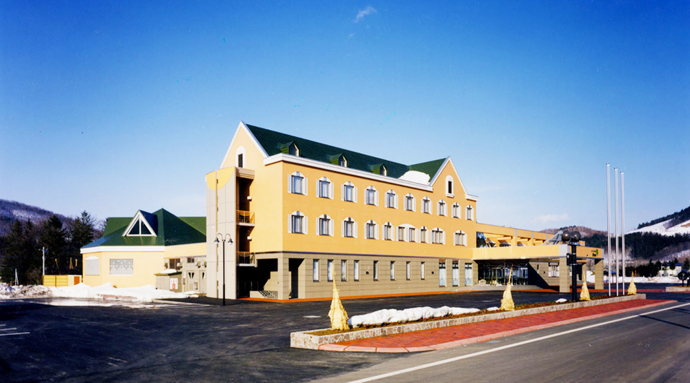西興部村活性化センター(ホテル・コミュニティ・図書館)